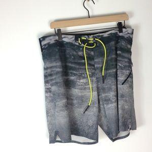 Lululemon men's printed shorts